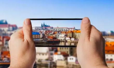 Scatti fotografici con lo smartphone: consigli utili